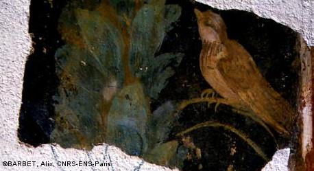 peinture murale gallo-romaine représentant un oiseau et une colonne de branchage